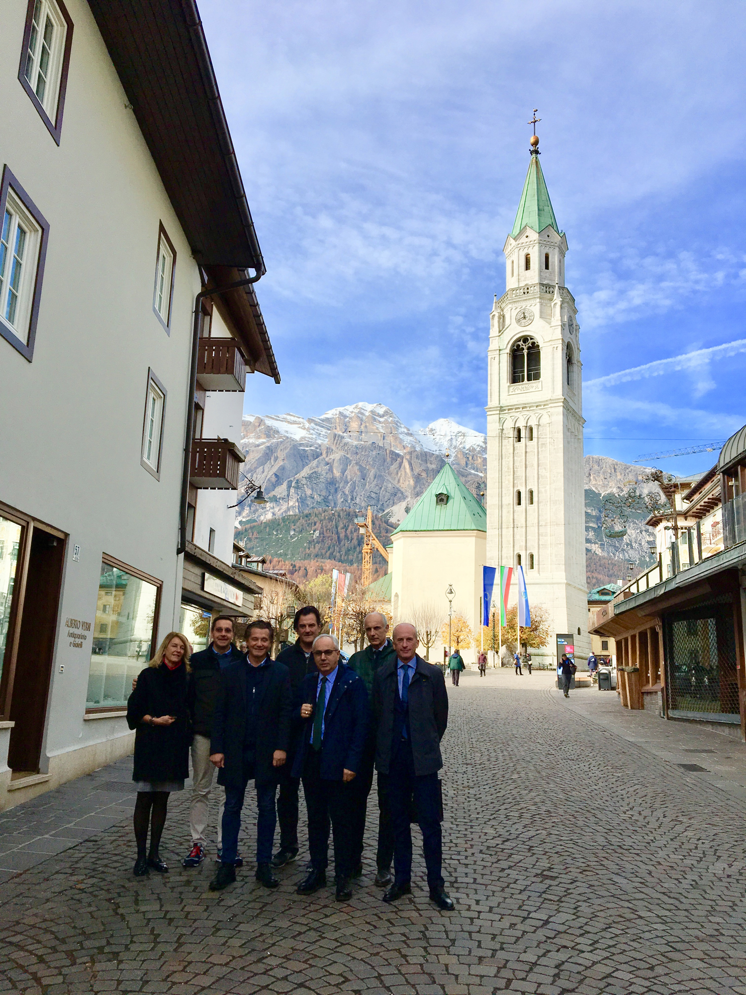 Immagine The Chamber of Commerce and the tourism systems for Cortina 2021 and Olympic bid 2026