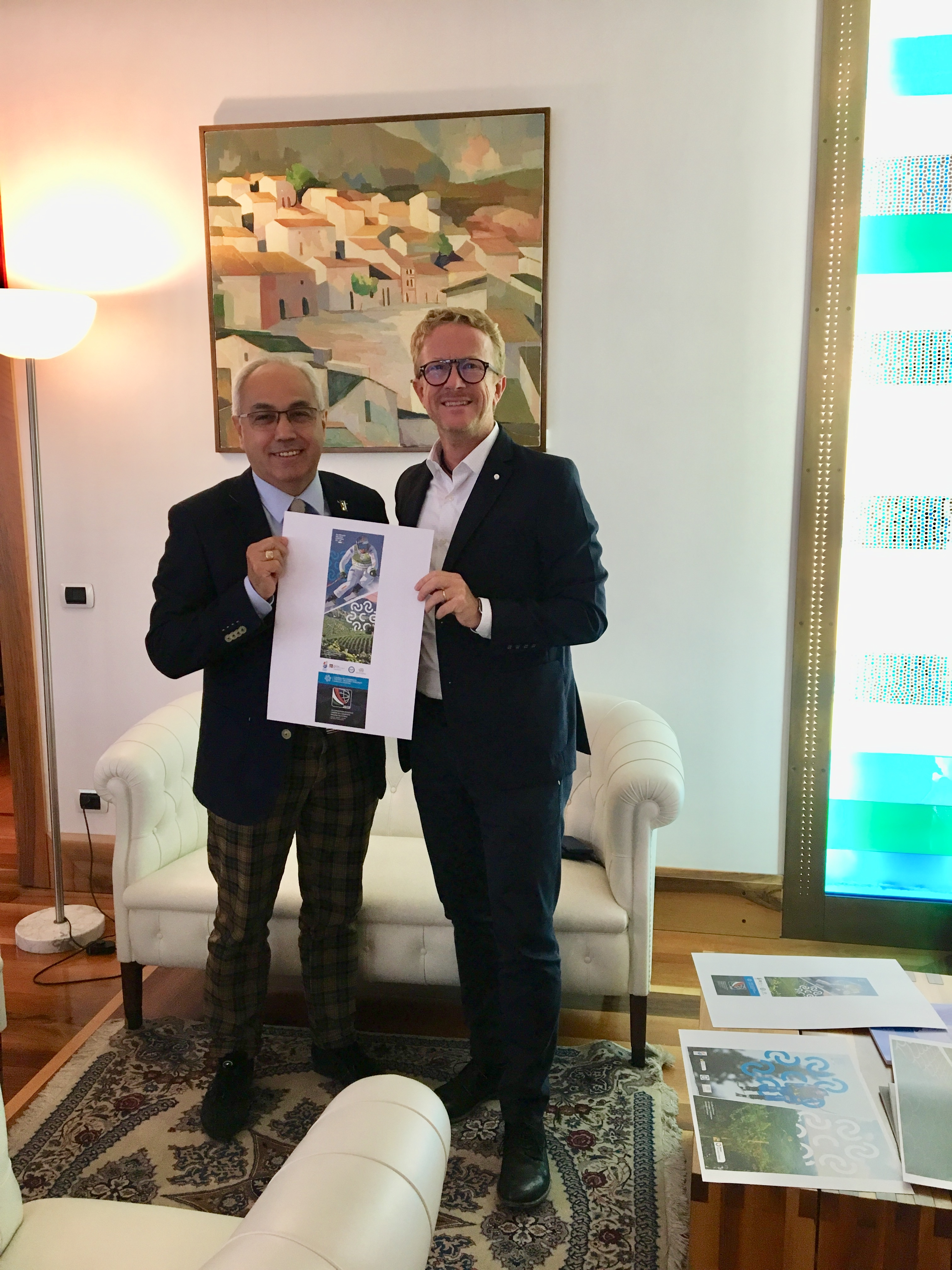 Immagine President Pozza meets the President of Tecnica Group for the graphic design of the 28th Worldwide Convention