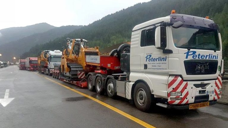 Immagine Logistica, il Gruppo Bracchi acquisisce i trasporti eccezionali di Peterlini Espansione del perimetro aziendale nei trasporti speciali